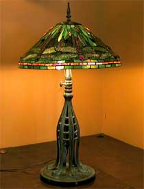 Dragonfly Tiffany lamp 20″
